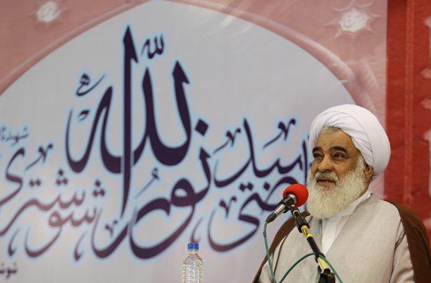 نمازجمعه   سپاه خاری در چشم دشمنان انقلاب است