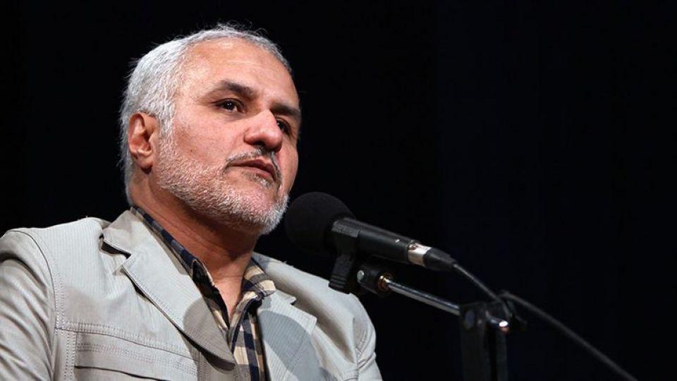 محکومیت حسن عباسی به ۷ ماه حبس به اتهام توهین به رییسجمهور