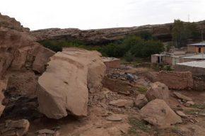 ریزش کوه در روستای تک تکاب شوشتر / بخشدار: خسارتی در پی نداشت